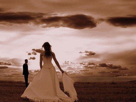 Aslında Hiç Kimse Sevmedi, Bir Ben Sevdim Seni...